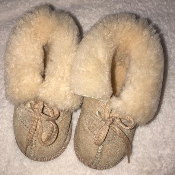 84c6b75b8fb UGG Koolaburra Australia by UGG baby boots size 4